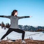 Yoga im Winter, Krieger 2, Teichalm
