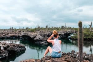 galapagos-18Yoga & Juliet, Galapagos, Isabela, Meer, Los Tuneles, Blaufußtölpel
